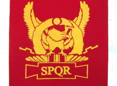 SPQR - Eagle (wings upright)