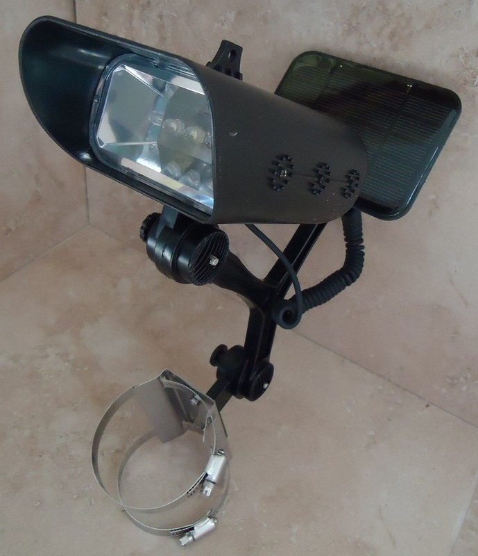 Solar Flagpole Light - Side mount